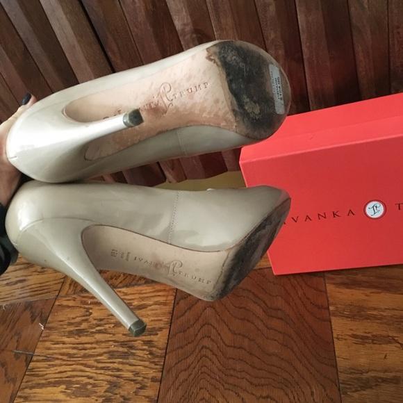 Lauren Ralph LAUREN Block Heel Sandals   Block heels